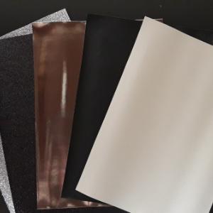 je hebt keuze uit verschillende soorten designs van leer voor de batman strik diadeem