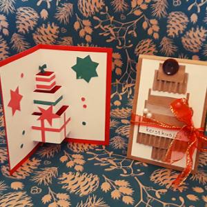 DIY kerstkaarten pakket. Hiermee kan je twee verschillende kaarten maken